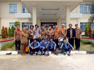Studi-Banding-SMPN5-S.liat-ke-SMKN2-Pkp.