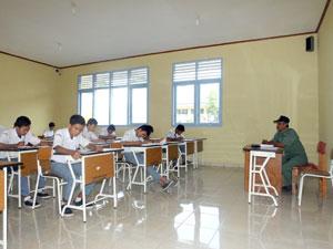 Ujian-Sekolah-Berlangsung